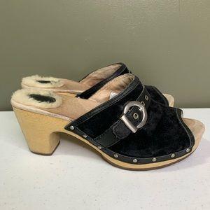 Ugg Katherine slide size 6 black suede silver